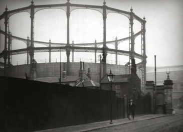 Modern Gasometer, Fulham, London 1925.